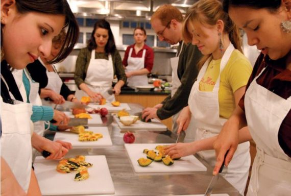 Chefs needed for new Community Cookery Club