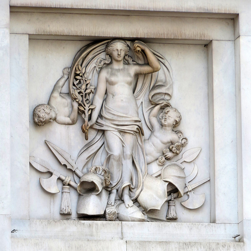 A Closer Look at Marble Arch and its Sculpture