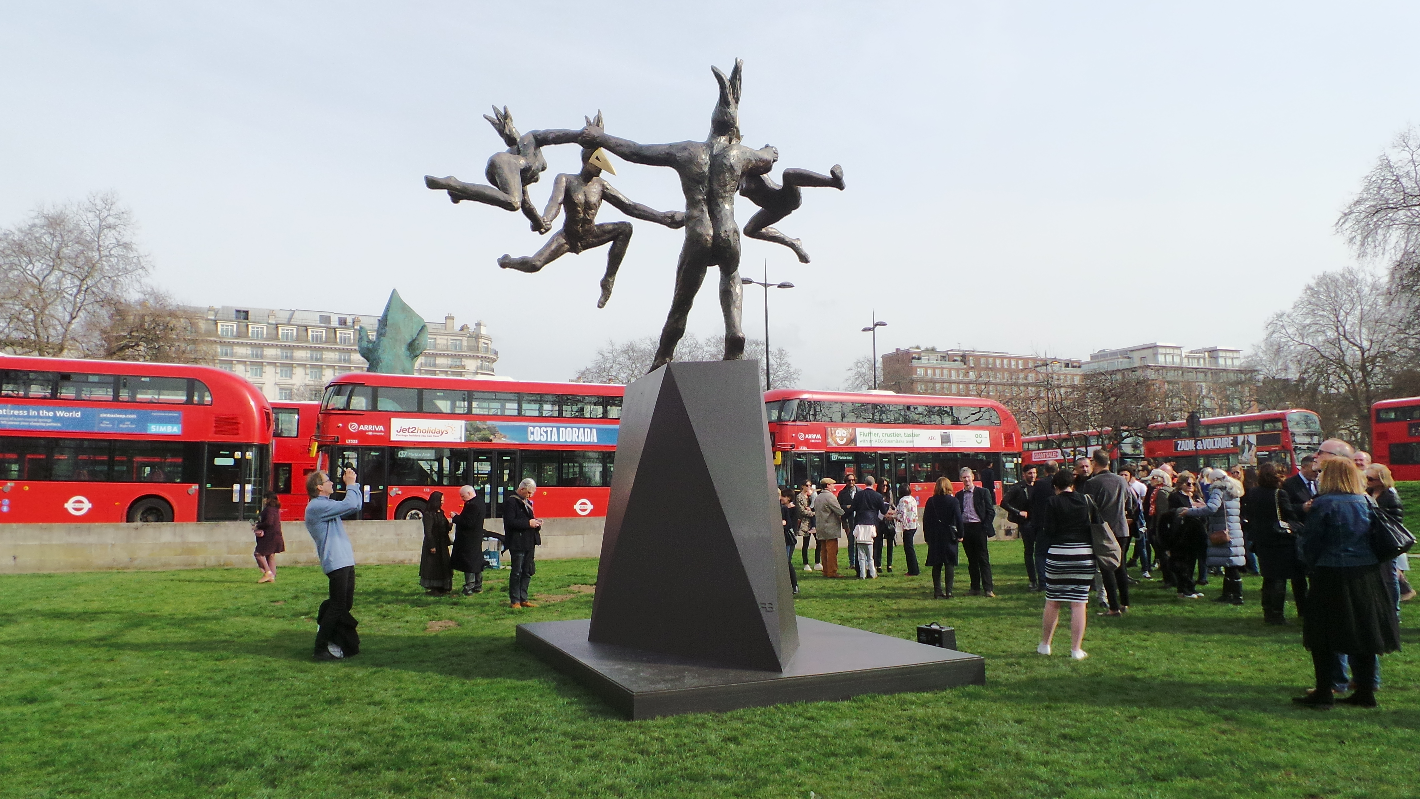 Danse Gwenedour at Marble Arch