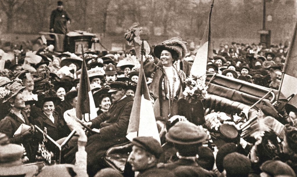 Britsh suffragette Emmeline Pethick-Lawrence's release from prison, 17 April 1909. Artist: Unknown