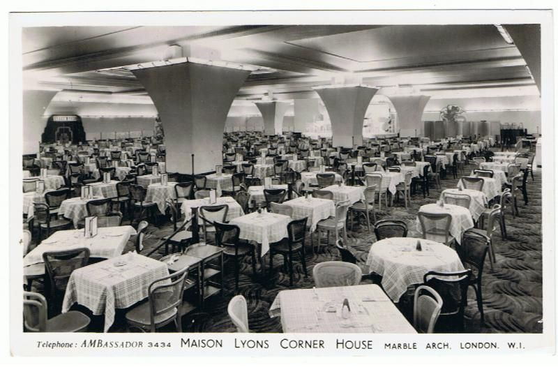 Postcard of Maison Lyons Corner House restaurant at March Arch London